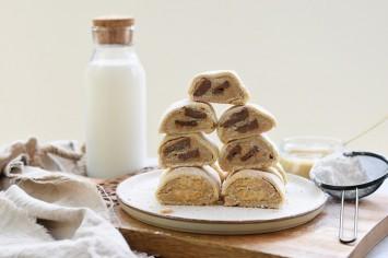 עוגיות מגולגלות עם חמאת בוטנים ביתית וקוביות שוקולד