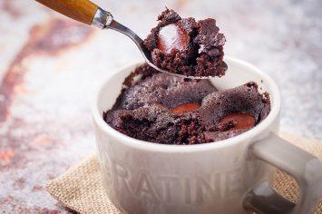 קינוח שוקולד וגבינה בכוסות אספרסו
