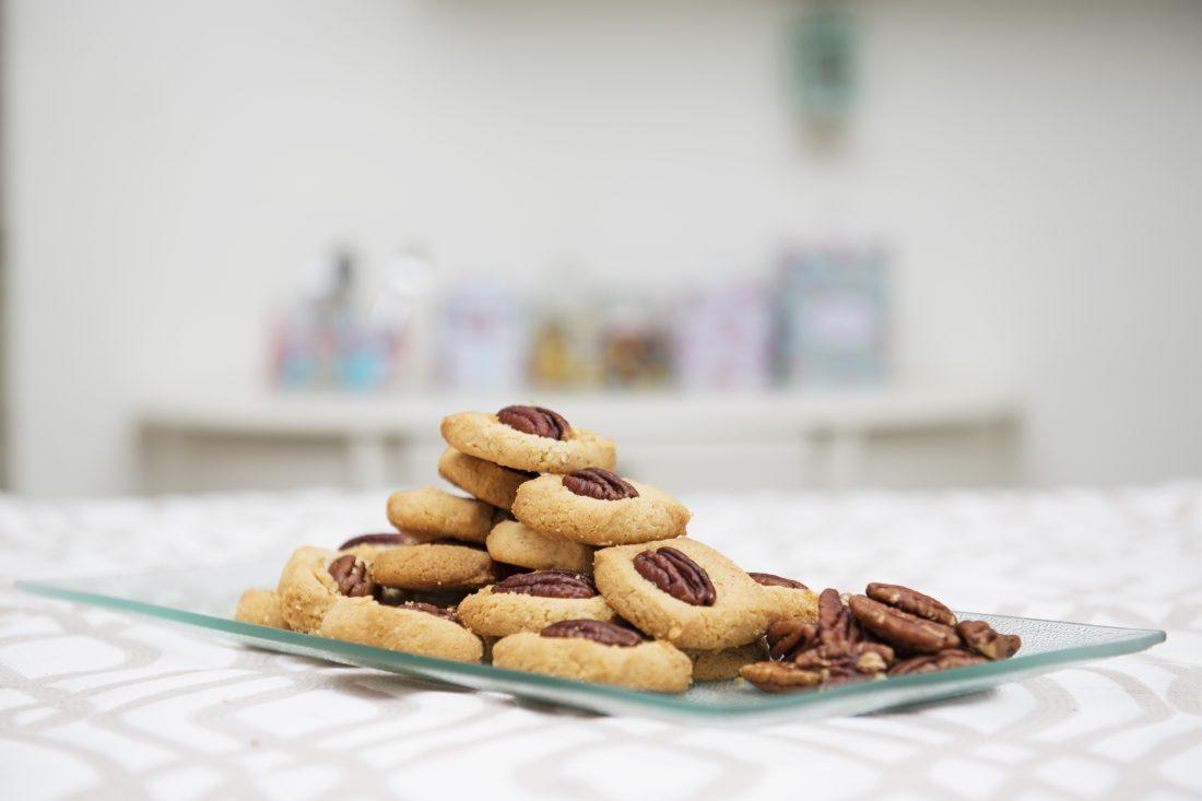 עוגיות טחינה ופקאן