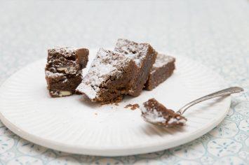 בראוניז עם שוקולד ממולא אוראו