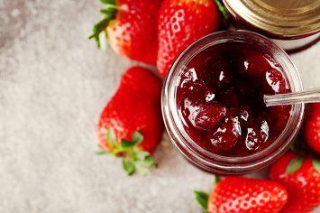 קונפיטורת תות תוצרת בית