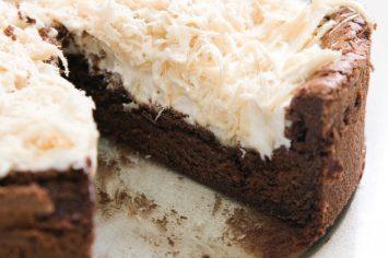 עוגת סופלה שוקולד ומוס חלבה