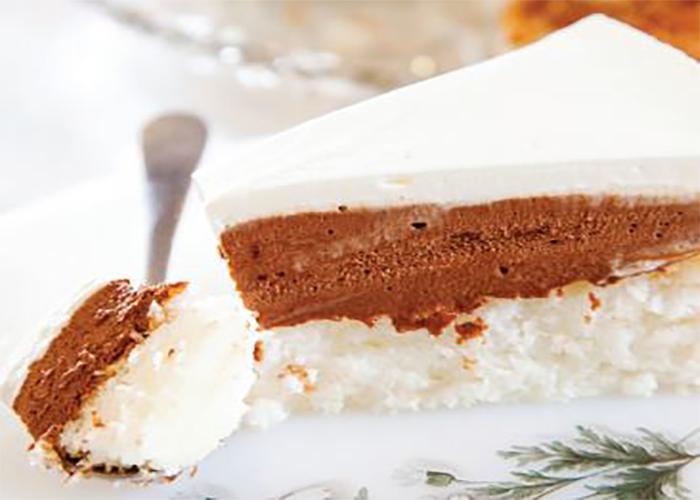 עוגת שוקולד וקוקוס לפסח. צילום: דניאל לילה