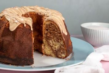 קרין גורן אופה עוגת שיש קינדר בחושה
