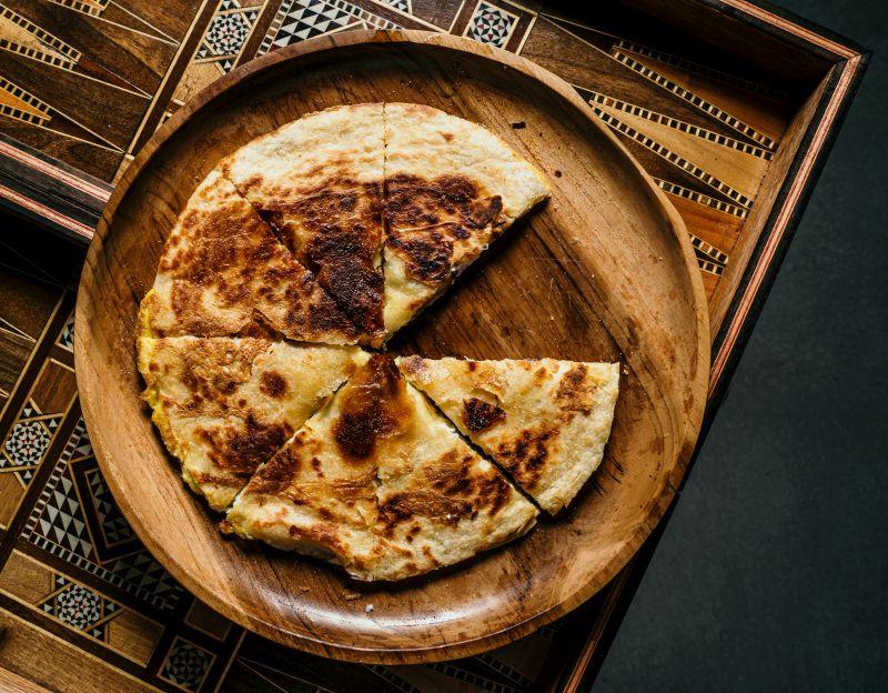 קסדיה גבינות וחביתה צילום: ספיר קוסה