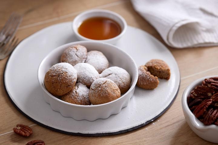 עוגיות שקדים נימוחות. צילום: אפיק גבאי