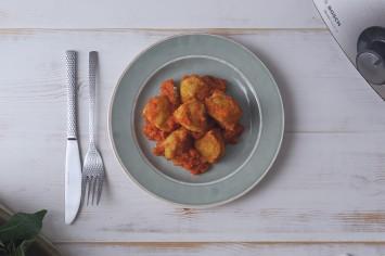 קציצות כרובית ברוטב עגבניות